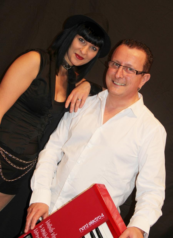 The Guest , le duo de variété internationale .